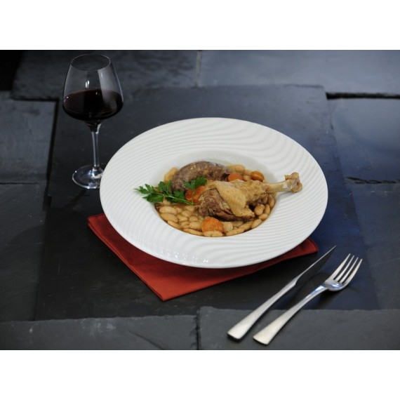 "Duck wing confit ""cassoulet"" (slow-cooked casserole)"